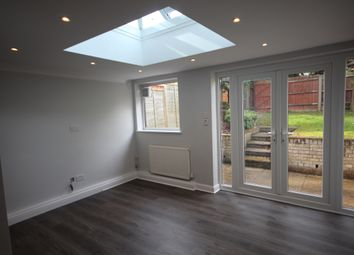 Thumbnail 3 bed town house to rent in Aplins Close, Harpenden