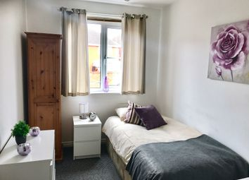 Thumbnail Room to rent in Blenheim, Wednesbury