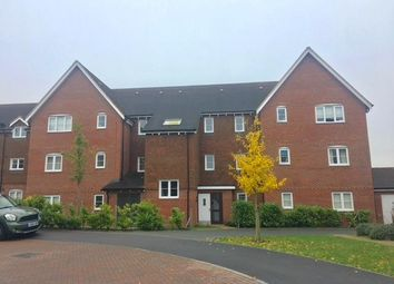 Thumbnail 2 bed flat to rent in Outfield Crescent, Wokingham