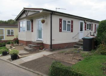 Thumbnail 2 bed mobile/park home for sale in Bedmond Road, Abbots Langley, Hertfordshire