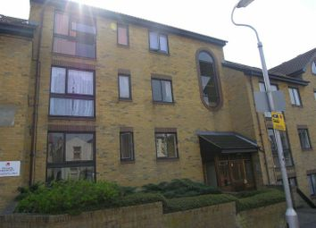 Thumbnail 1 bed flat to rent in The Retreat, Thornton Heath