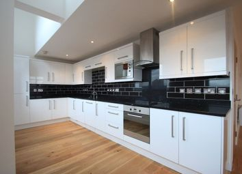 Thumbnail 3 bed flat to rent in Wimbledon Street, City Centre, Leicester, Leicestershire