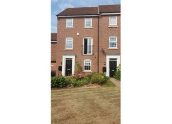 Thumbnail 4 bed town house for sale in Goldstraw Lane, Newark