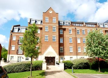 Thumbnail 2 bed flat to rent in Kipling Close, Brentwood