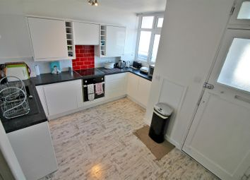 2 bed property for sale in Cassland Road, London E9