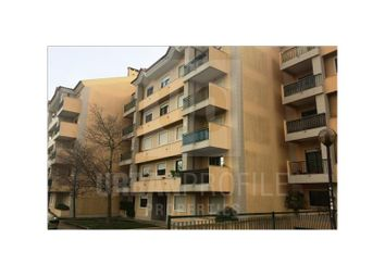 Thumbnail 2 bed apartment for sale in Carcavelos E Parede, Carcavelos E Parede, Cascais