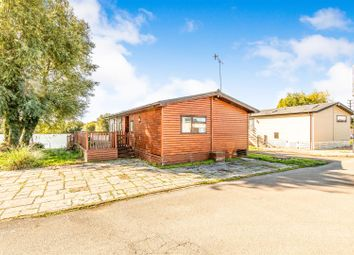 2 bed mobile/park home for sale in Lakeside, Vinnetrow Road, Runcton, Chichester PO20