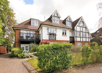 Thumbnail 1 bed flat to rent in West Hill Road, Hook Heath, Woking