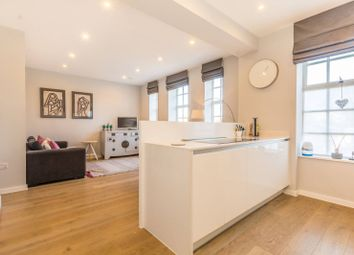 Thumbnail 3 bed flat for sale in Loxford House, Islington