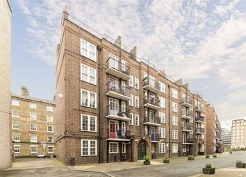 Thumbnail 3 bed flat to rent in Sumner Street, London