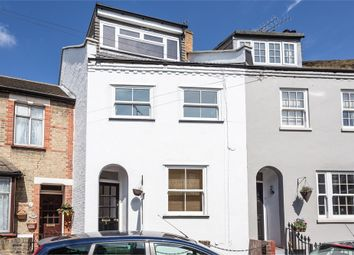 Thumbnail 4 bed town house to rent in Helena Road, Windsor, Berkshire