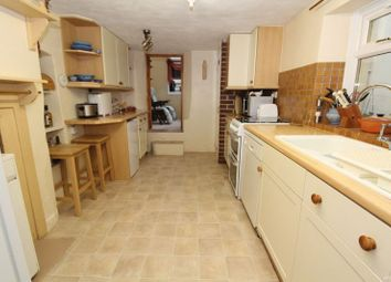 Thumbnail 3 bed cottage for sale in Ilsham Road, Torquay