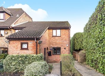 Thumbnail 2 bed maisonette to rent in Wiltshire Drive, Wokingham