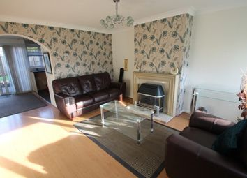 Thumbnail 4 bed property to rent in Marina Close, Bromley