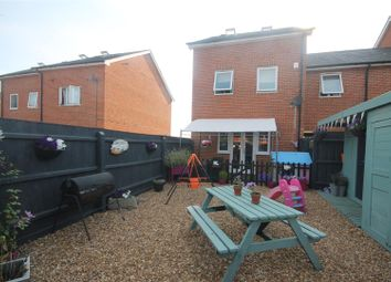 Thumbnail 4 bedroom link-detached house for sale in Edge Street, Aylesbury