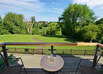 The Priory, East Farleigh, Maidstone, Kent ME15. 3 bed flat