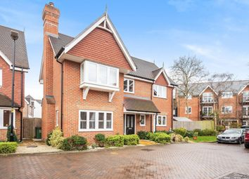 Edwards Close, Broadbridge Heath, Horsham RH12. 4 bed detached house for sale