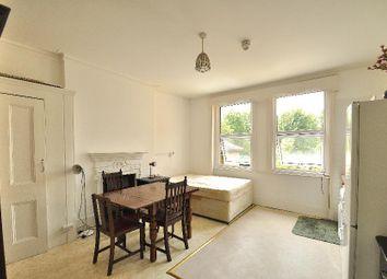 Thumbnail Studio to rent in Blakesley Avenue, London