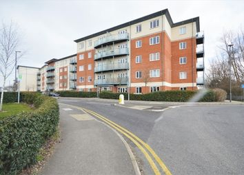Thumbnail 2 bed flat for sale in Chequers Avenue, High Wycombe, Surrey