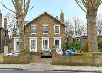 Thumbnail 1 bed flat for sale in Consort Road, London