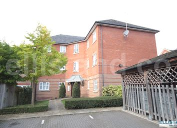 Thumbnail 2 bed flat to rent in Shillingford Close, Mill Hill, London
