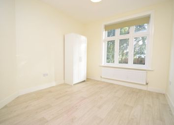 Thumbnail Studio to rent in Holden Road, North Finchley