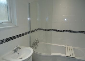 Thumbnail 1 bedroom detached house to rent in Arnold Road, London