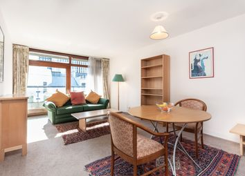 Thumbnail 2 bedroom flat for sale in Barbican, London