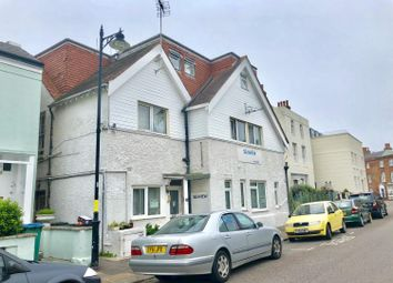 Thumbnail Room to rent in River Road, Littlehampton, West Susex