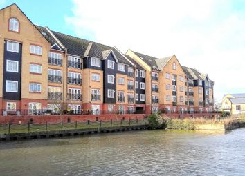 2 bed flat for sale in Allocated Parking, Over 1200 Sq Ft, Canalside Location HP3