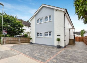 Thumbnail 2 bed maisonette for sale in 32 Victoria Road, Mill Hill, London