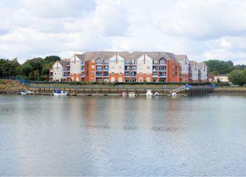 Thumbnail 2 bed flat for sale in Horseshoe Bridge, Southampton