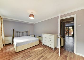 1 bed property to rent in Lockesfield Place, Lockesfield Pl, Isle Of Dogs E14