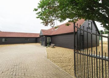 Thumbnail 2 bed barn conversion to rent in Rye Hill, Harlow