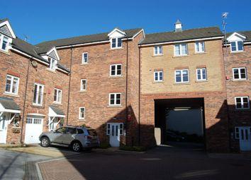 Thumbnail 2 bed flat to rent in Moorcroft Court, Ossett