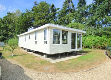 2 bed mobile/park home for sale in Downfield Lane, Twyning, Tewkesbury GL20