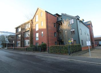Cantelupe Mews, Cantelupe Road, East Grinstead RH19. 2 bed flat