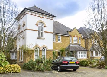 3 bed property for sale in Admiralty Way, Teddington TW11