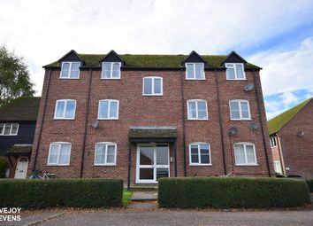 Thumbnail 2 bed flat to rent in Crawford Place, Newbury