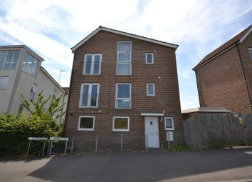 Thumbnail 3 bed detached house for sale in Banbury Way, Basingstoke