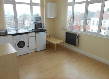 Thumbnail Studio to rent in West Hendon Broadway, West Hendon, London