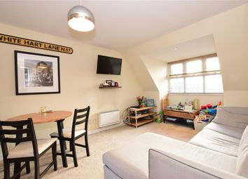 2 bed flat for sale in Willow Walk, London E17
