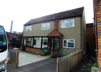 Thumbnail 2 bed detached house to rent in Hambridge Road, Newbury