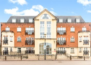 Thumbnail 2 bedroom flat for sale in Elmers Court, Post Office Lane, Beaconsfield, Buckinghamshire