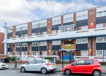 Thumbnail 2 bed maisonette to rent in Evering Road, London