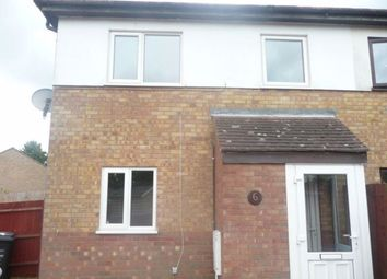 2 bed property to rent in Winnington Close, Northampton NN3