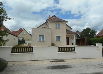 Thumbnail 5 bed detached house for sale in Bourgogne, Côte-D'or, Fontaine Les Dijon