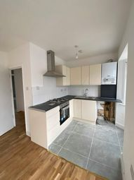 3 bed maisonette to rent in Carew Road, London N17