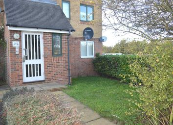 Thumbnail 2 bed flat to rent in Groveherst Road, Dartford
