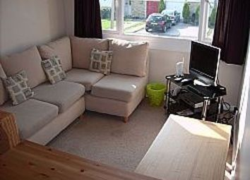 Thumbnail Room to rent in Room 5, Hanwood Close, Woodley
